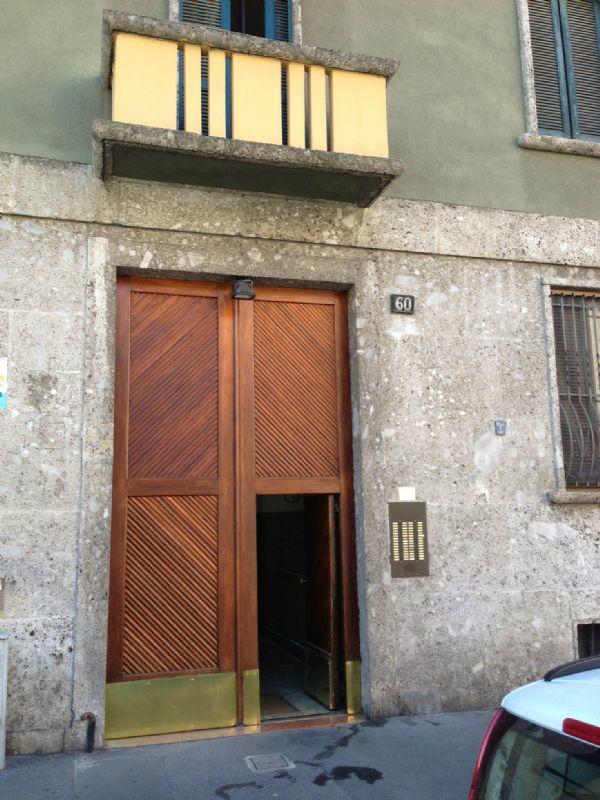Bilocale Milano Via Tertullliano 2