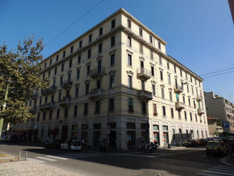 Bilocale Milano Viale Umbria 1
