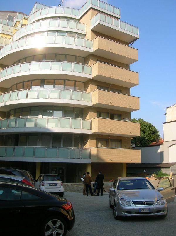 Bilocale Milano Via Pomponazzi 3