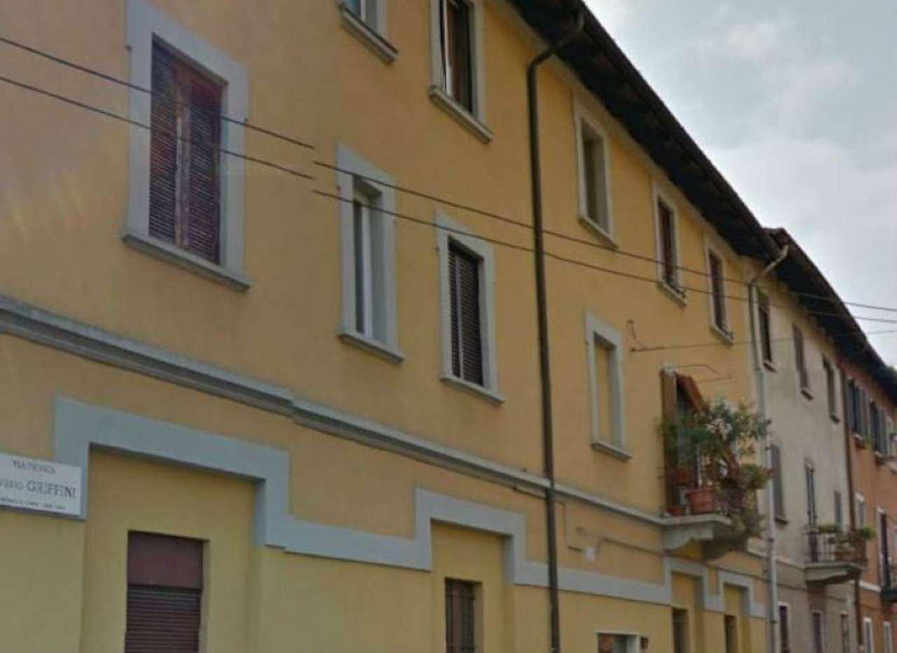Bilocale Milano Via Griffini 2