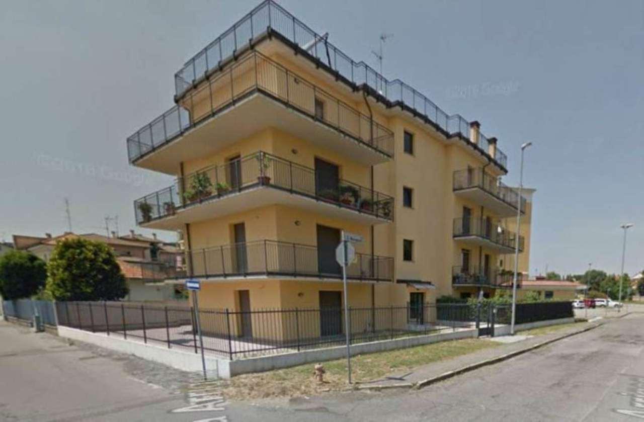 Bilocale Abbiategrasso Via Mereghetti 11