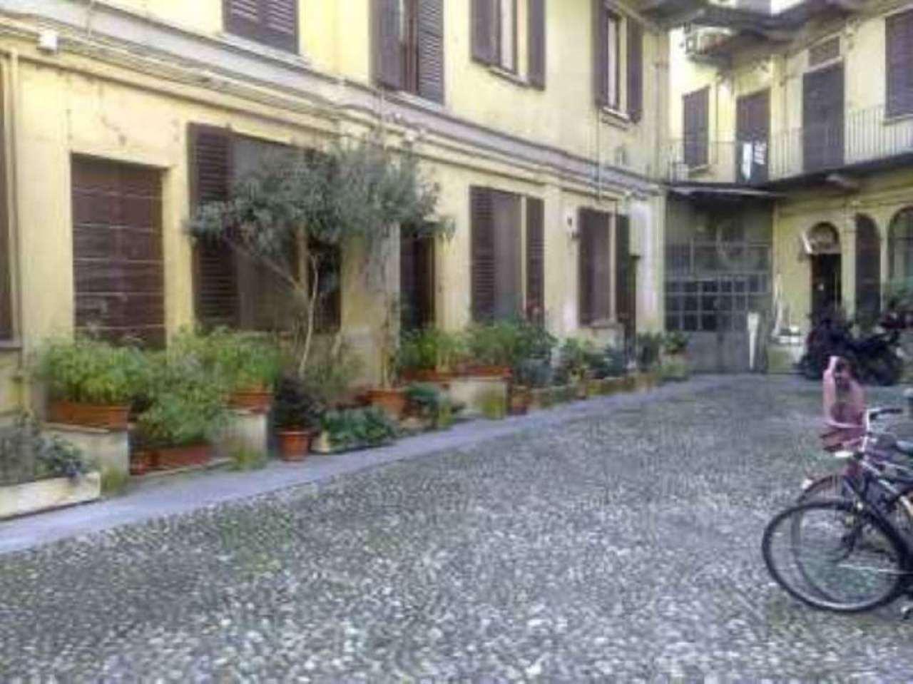 Bilocale Milano Via Evangelista Torricelli 9