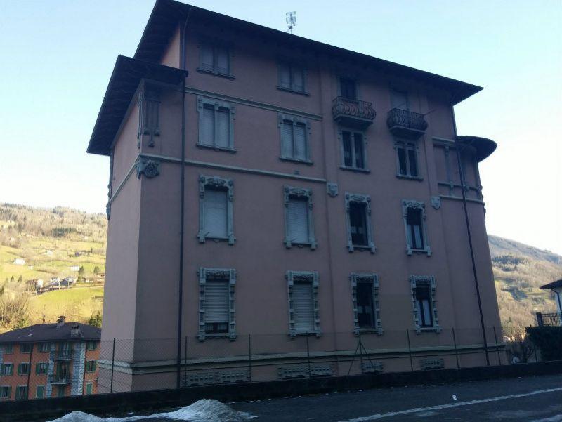 Appartamento in vendita a San Giovanni Bianco, 3 locali, prezzo € 105.000   Cambio Casa.it