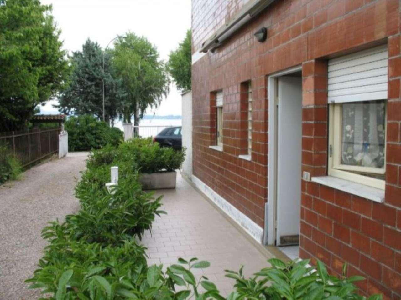 Appartamento in vendita a Castelletto Sopra Ticino, 2 locali, prezzo € 70.000 | Cambio Casa.it