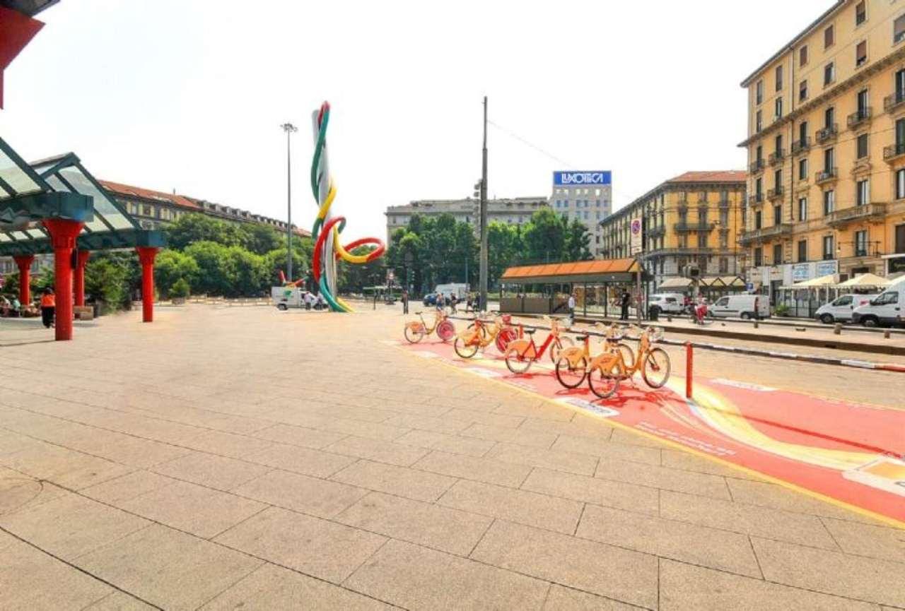 Bilocale Milano Piazzale Cadorna 10