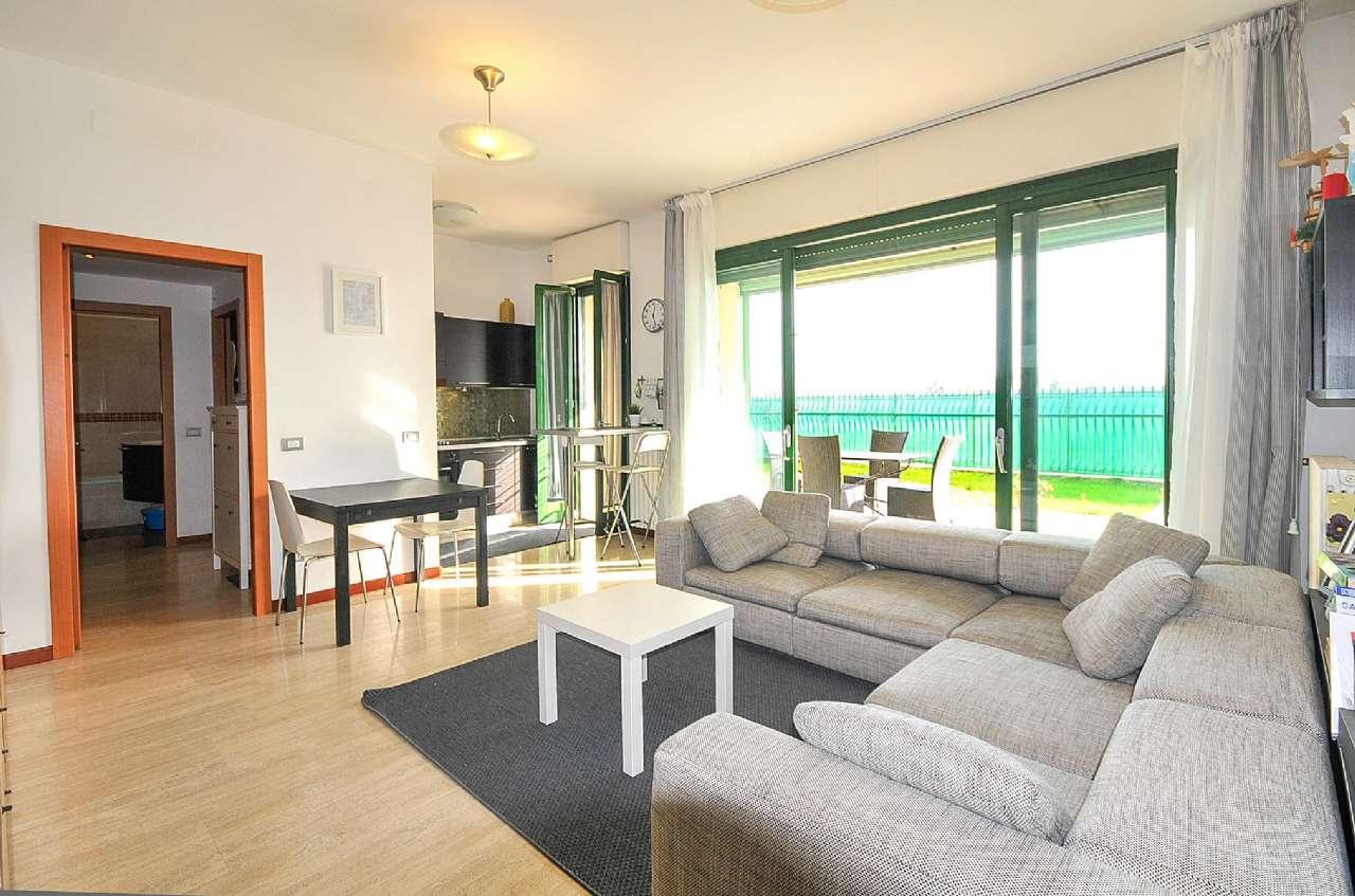 Appartamento in vendita a Pieve Emanuele, 2 locali, prezzo € 150.000   Cambio Casa.it