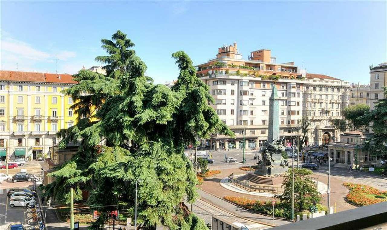 Appartamento 5 locali in vendita a Milano (MI)