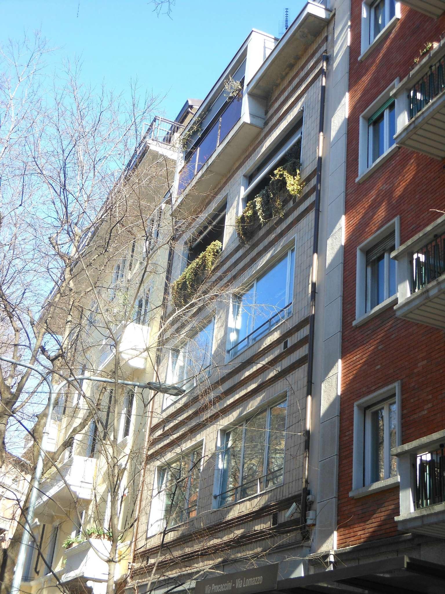 Palazzo / Stabile in vendita a Milano, 20 locali, zona Zona: 15 . Fiera, Firenze, Sempione, Pagano, Amendola, Paolo Sarpi, Arena, prezzo € 3.600.000 | Cambio Casa.it