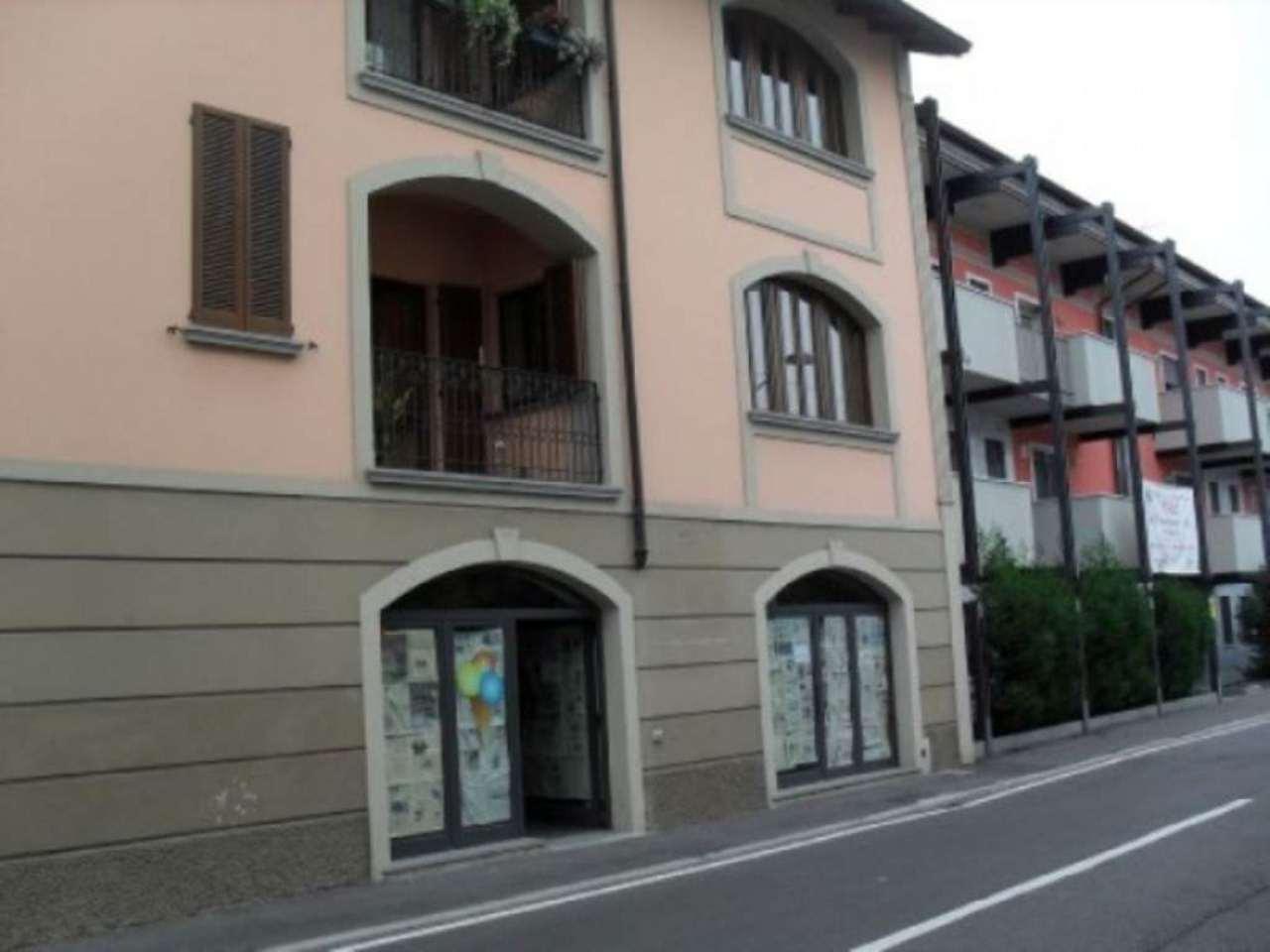 Negozio / Locale in vendita a Treviglio, 6 locali, prezzo € 300.000 | CambioCasa.it