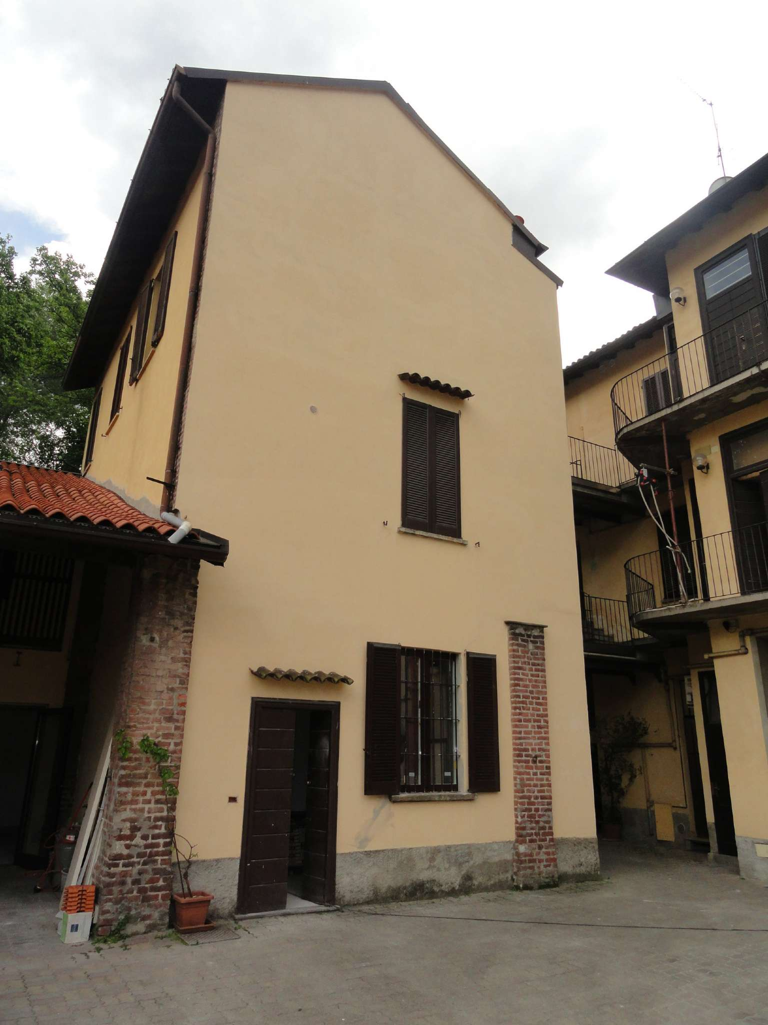 Appartamento in affitto a Milano, 2 locali, zona Zona: 8 . Bocconi, C.so Italia, Ticinese, Bligny, prezzo € 750 | Cambio Casa.it