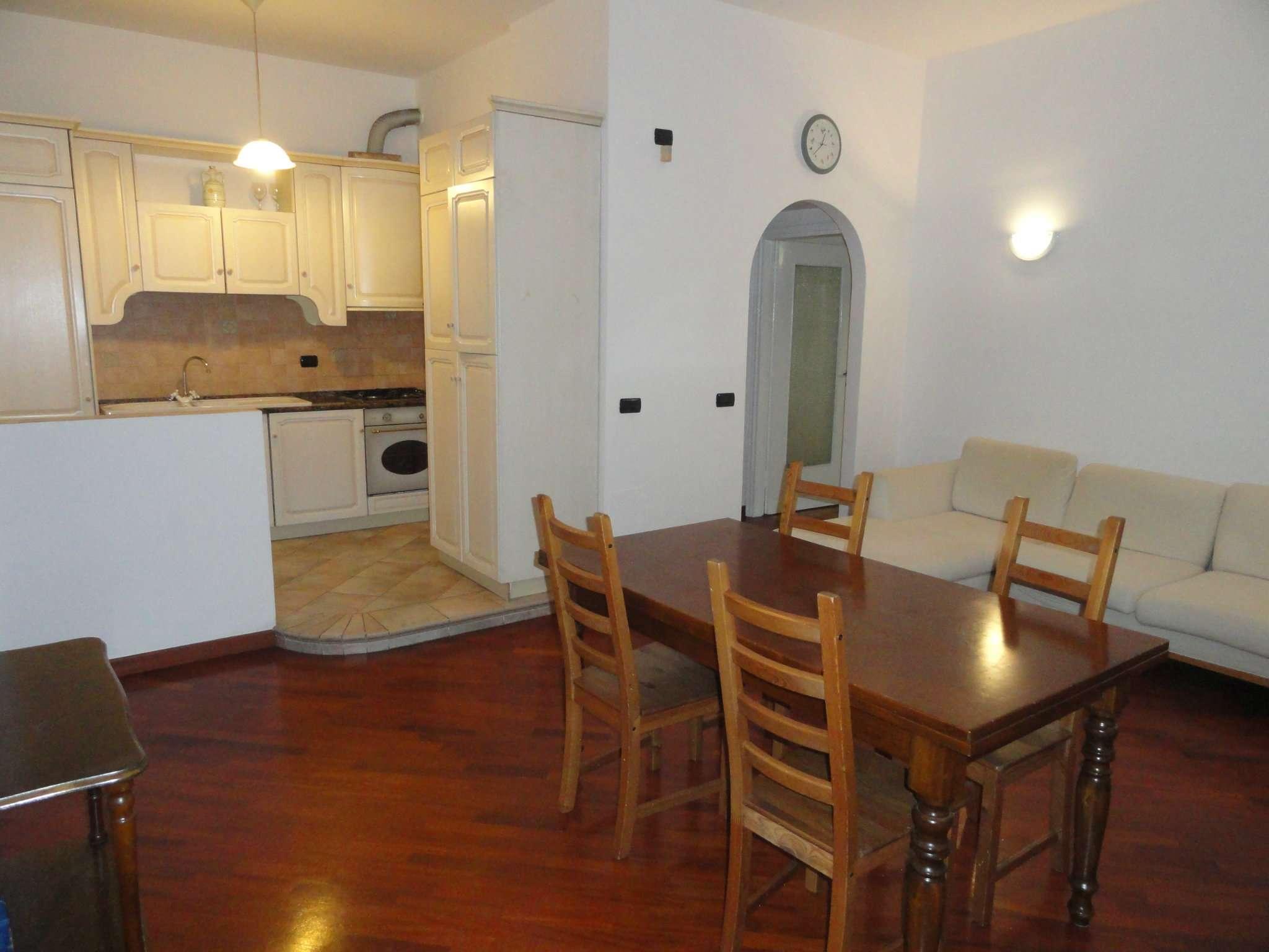 Appartamento in Vendita a Milano 03 Venezia / Piave / Buenos Aires: 3 locali, 100 mq