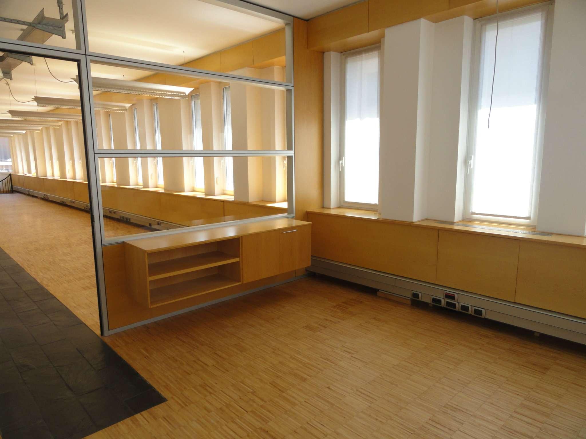 Ufficio-studio in Affitto a Milano 28 Vialba / Musocco / Lampugnano: 5 locali, 280 mq