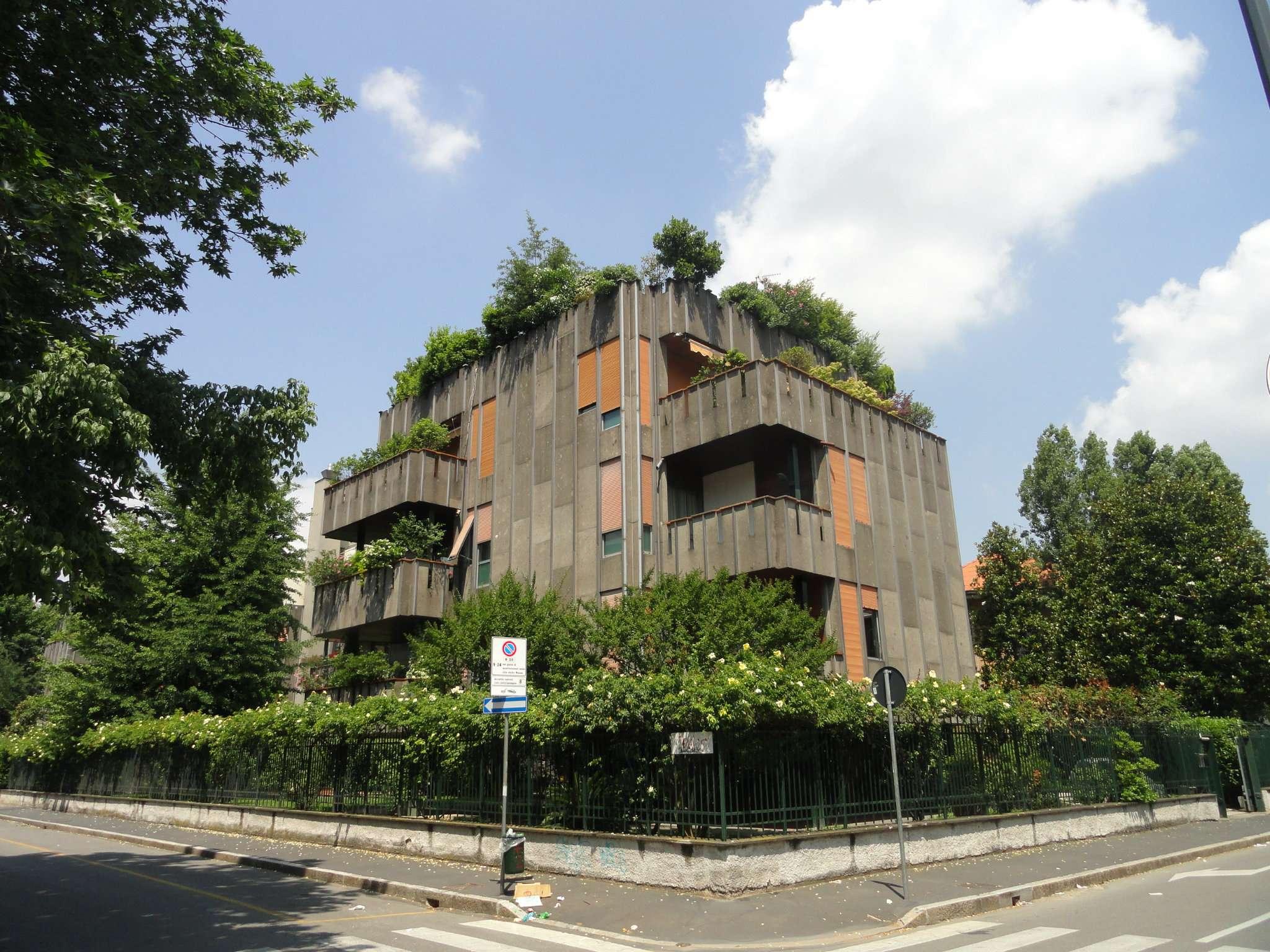 Appartamento in Vendita a Milano 18 Ippodromo / San Siro / Zavattari: 5 locali, 220 mq