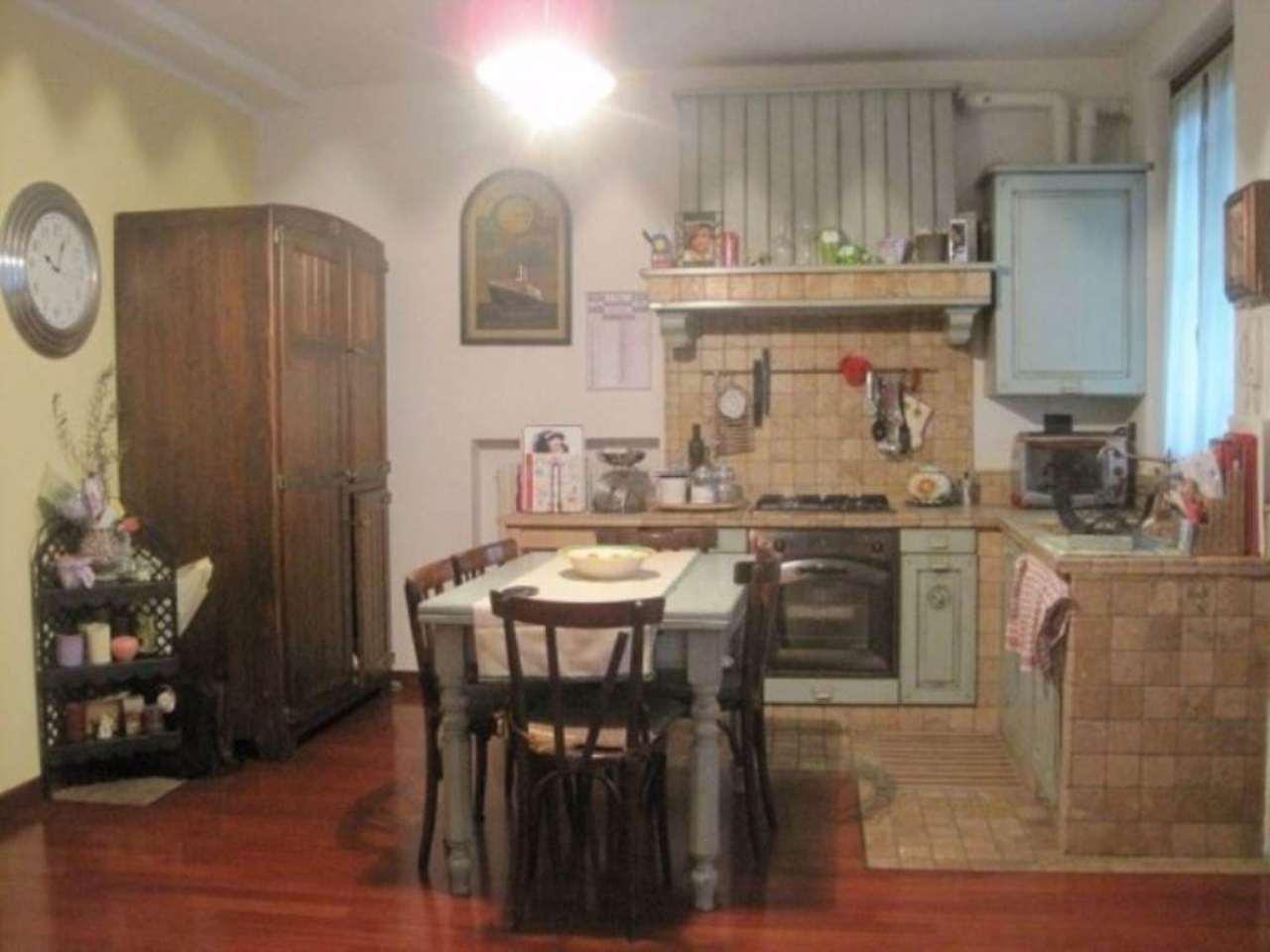 Appartamento in vendita a Carpiano, 3 locali, prezzo € 230.000 | Cambio Casa.it
