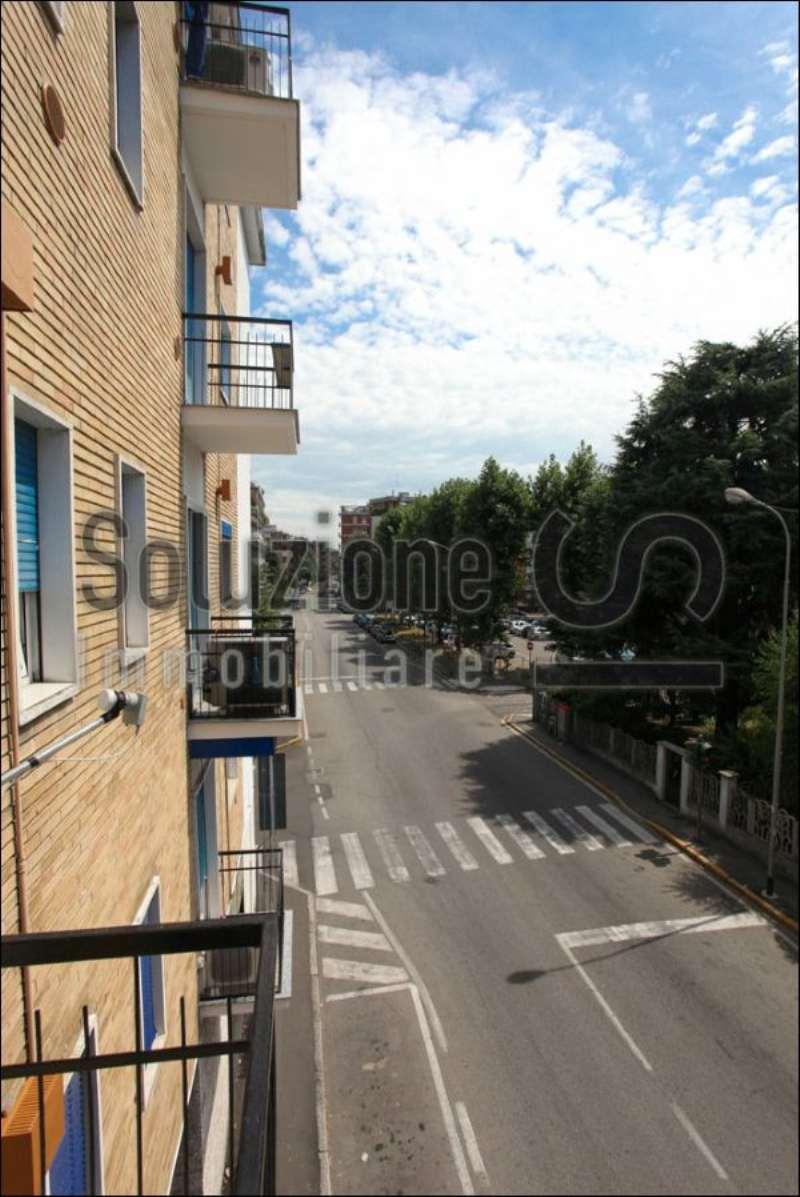 Bilocale Cesano Boscone Via Roma 5