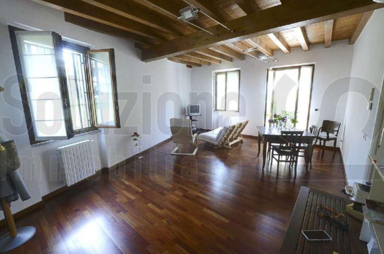 Villa a Schiera in vendita a Rognano, 3 locali, prezzo € 215.000 | Cambio Casa.it