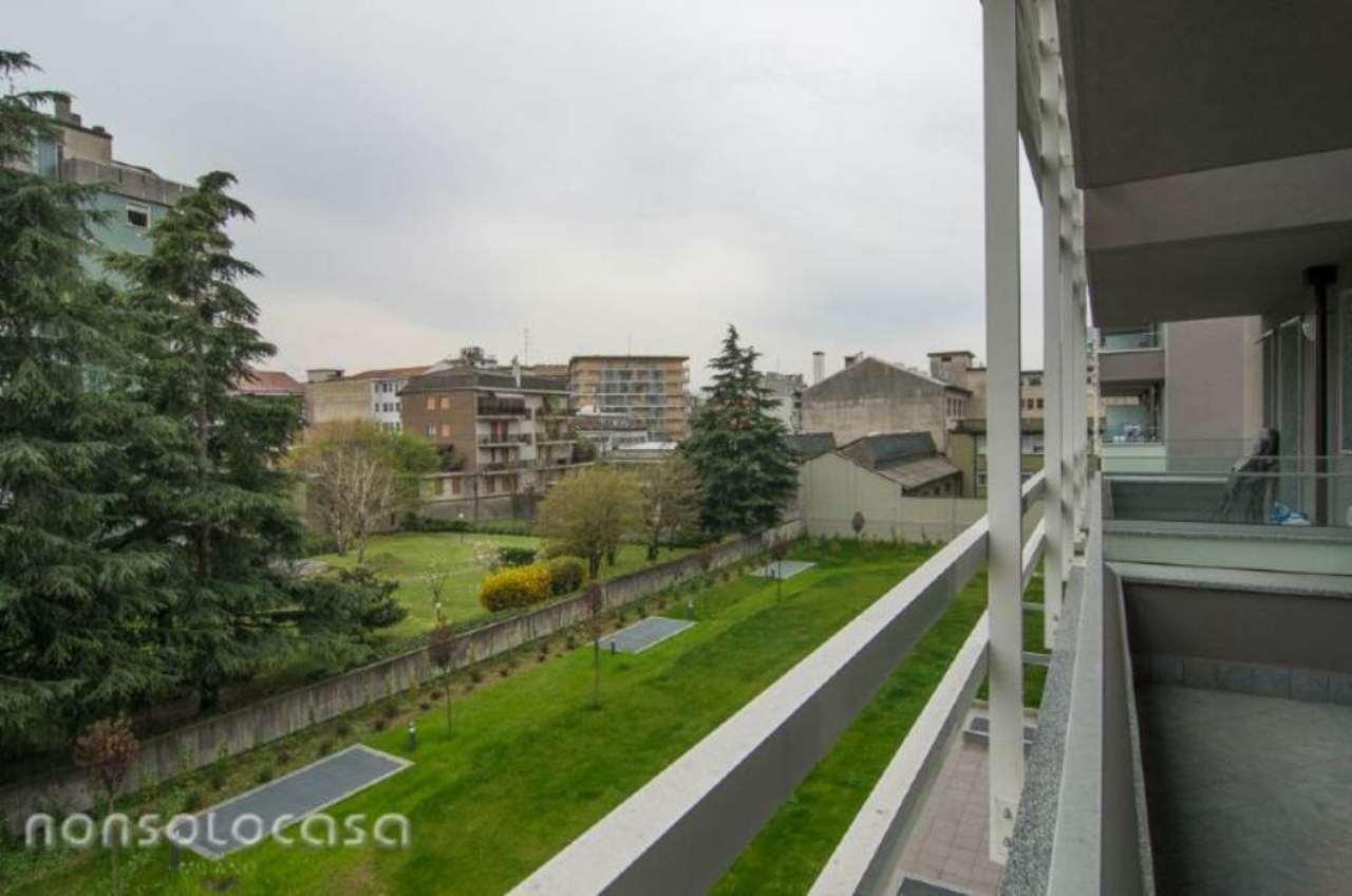 Bilocale Milano Via Valsolda 2