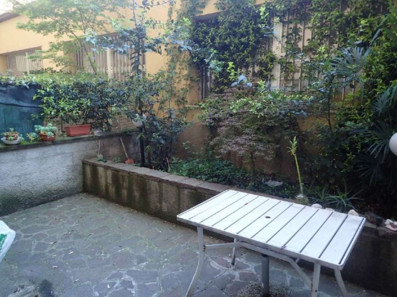 Bilocale Milano Via Savona 8