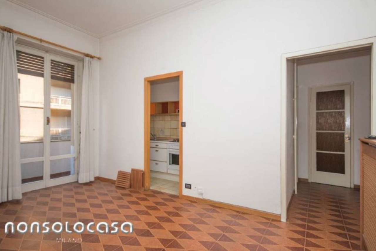 Bilocale Milano Via Masotto 3