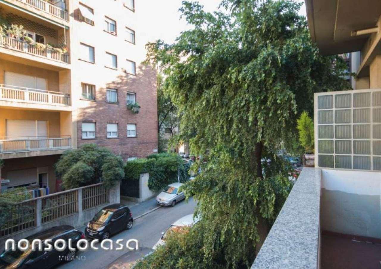 Bilocale Milano Via Masotto 12