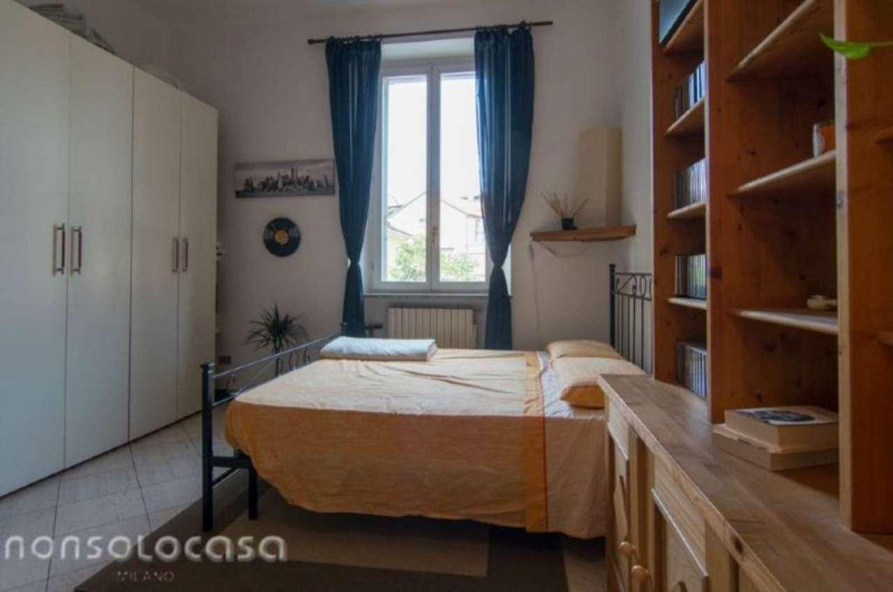 Bilocale Milano Via Cimarosa 10
