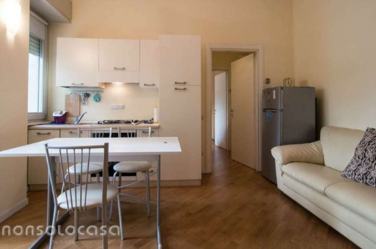 Bilocale Milano Via Antonio Baldissera 8