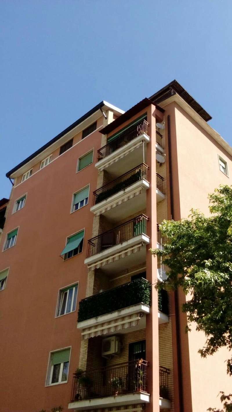 Bilocale Cinisello Balsamo Via Toscana 1