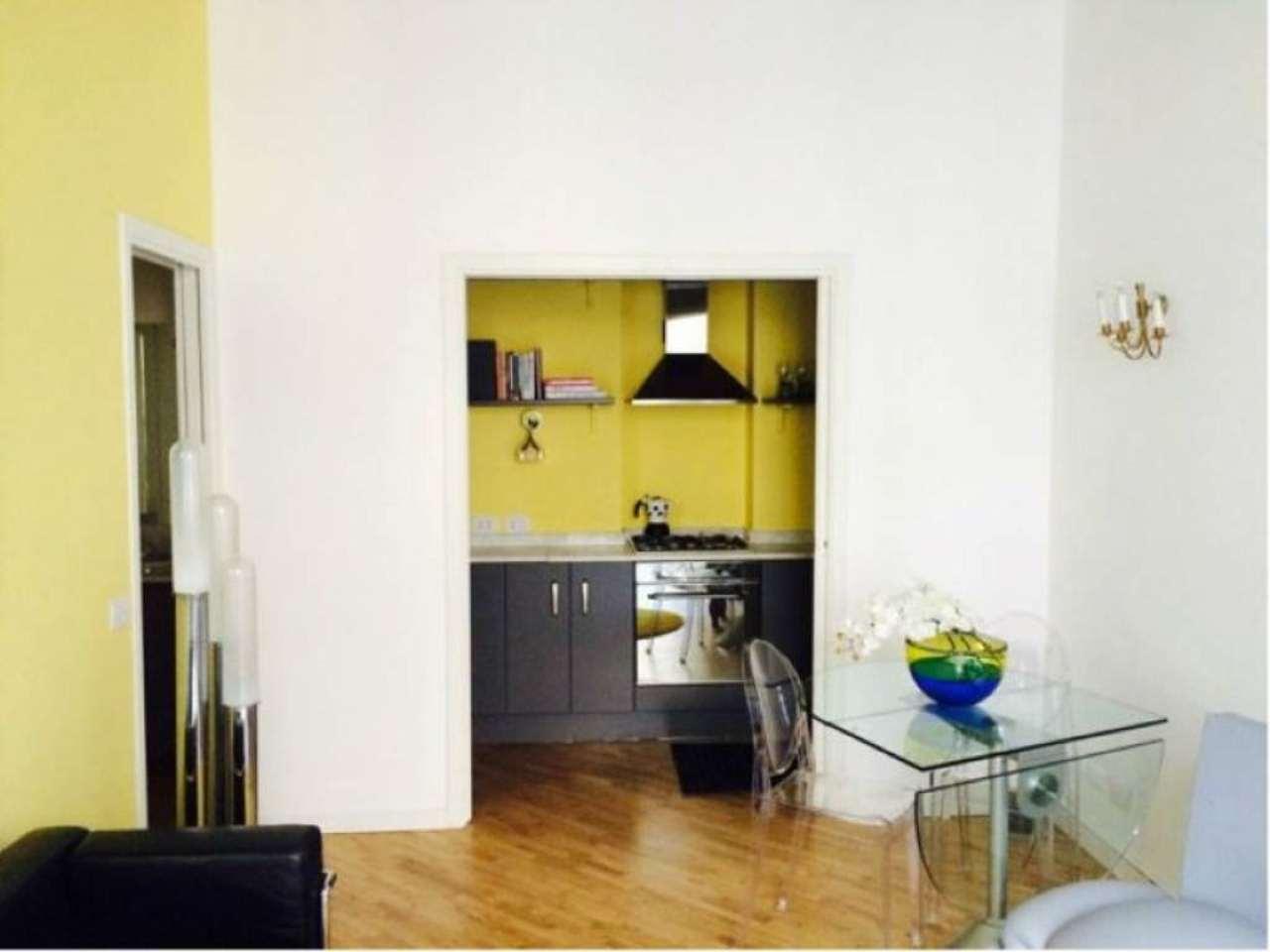 Bilocale Milano Largo Treves 3