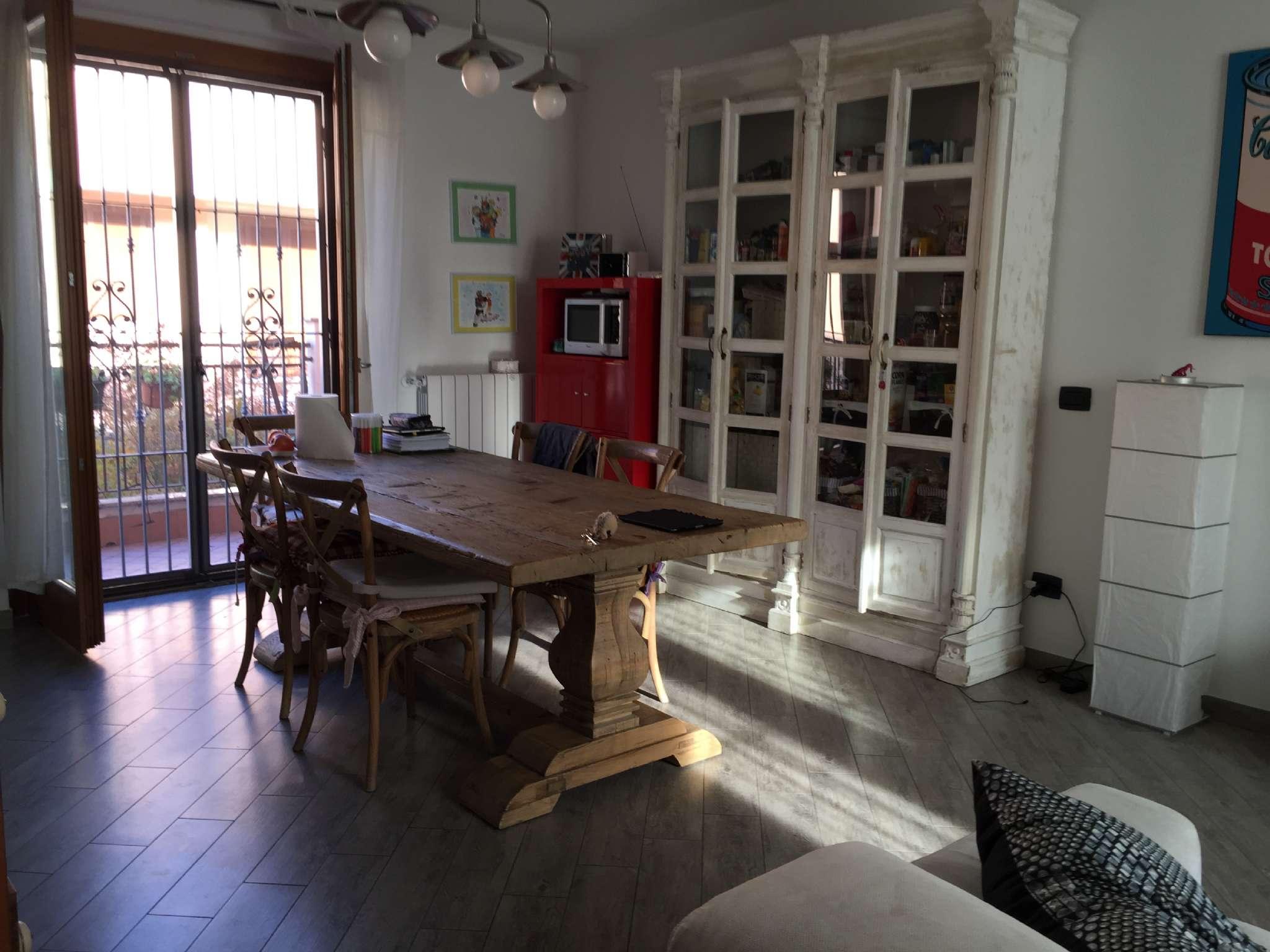 Villa a Schiera in affitto a Parabiago, 4 locali, prezzo € 750 | CambioCasa.it