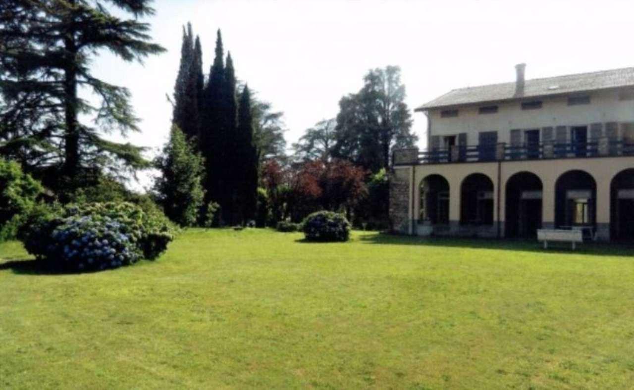 Villa in Vendita a Albavilla: 1000 mq
