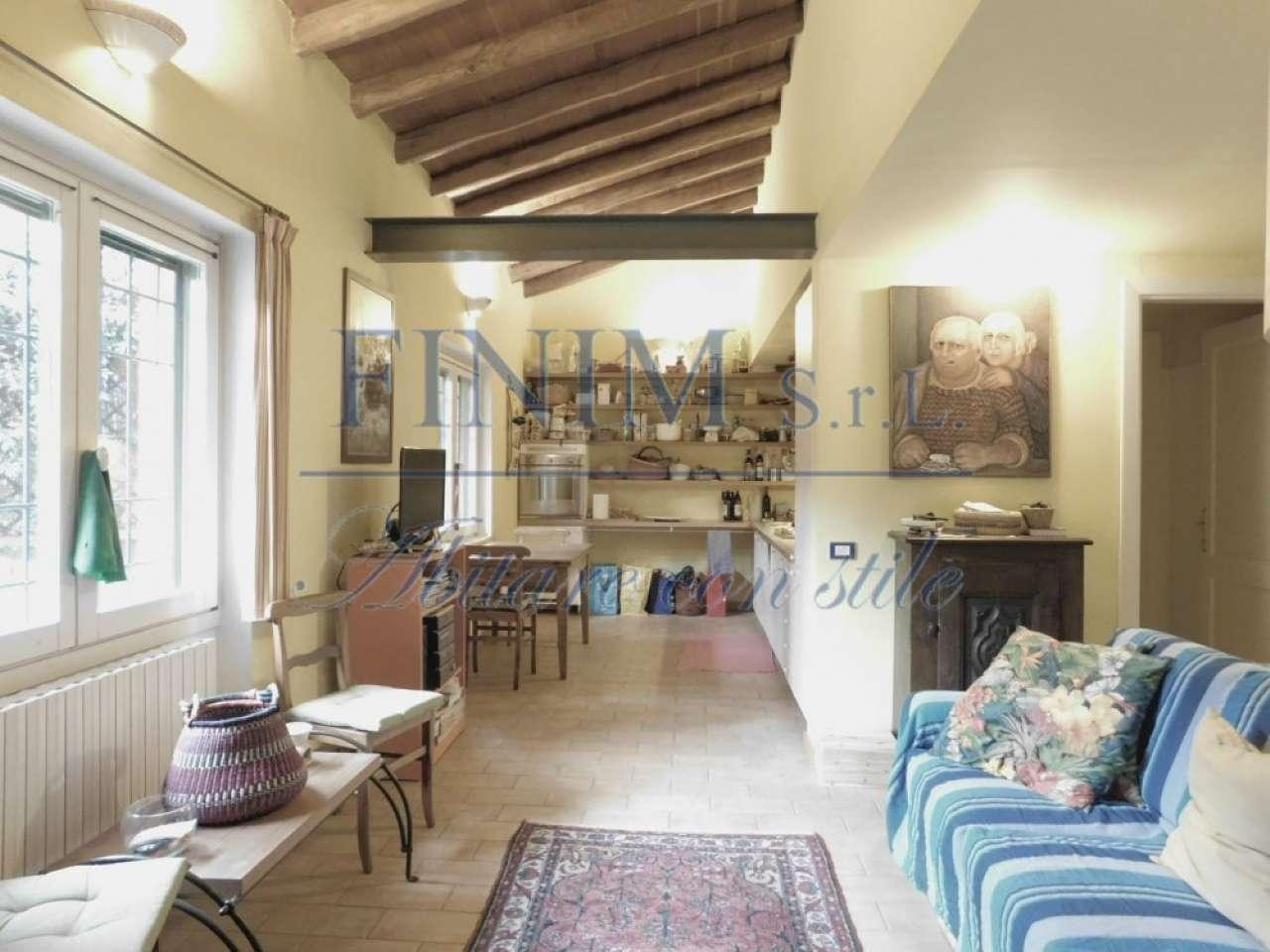 Casa indipendente in Vendita a Milano 18 Ippodromo / San Siro / Zavattari: 4 locali, 130 mq