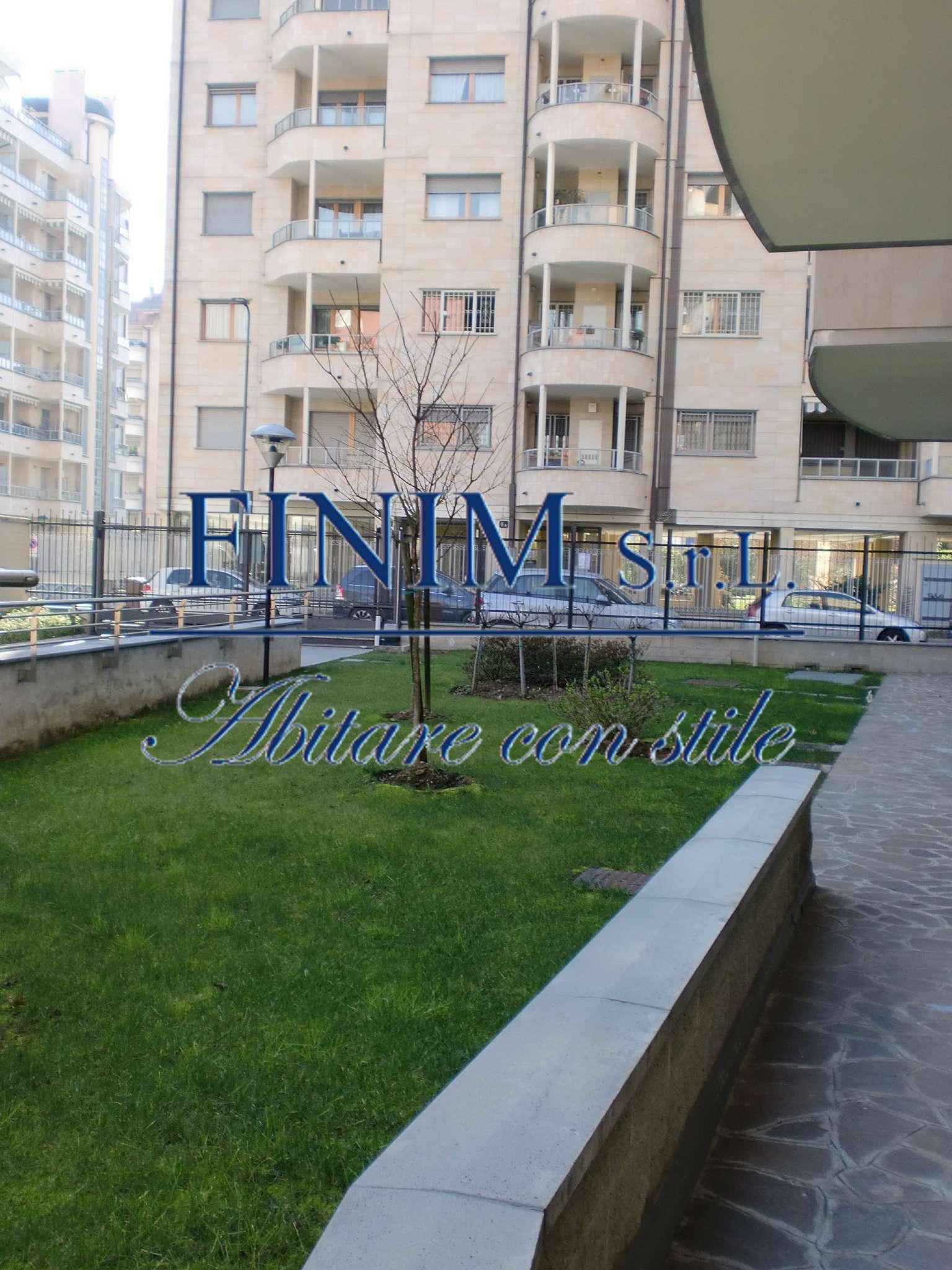 Appartamento in Vendita a Milano 30 Niguarda / Bovisasca / Testi / Bruzzano / Affori / Comasina: 3 locali, 130 mq