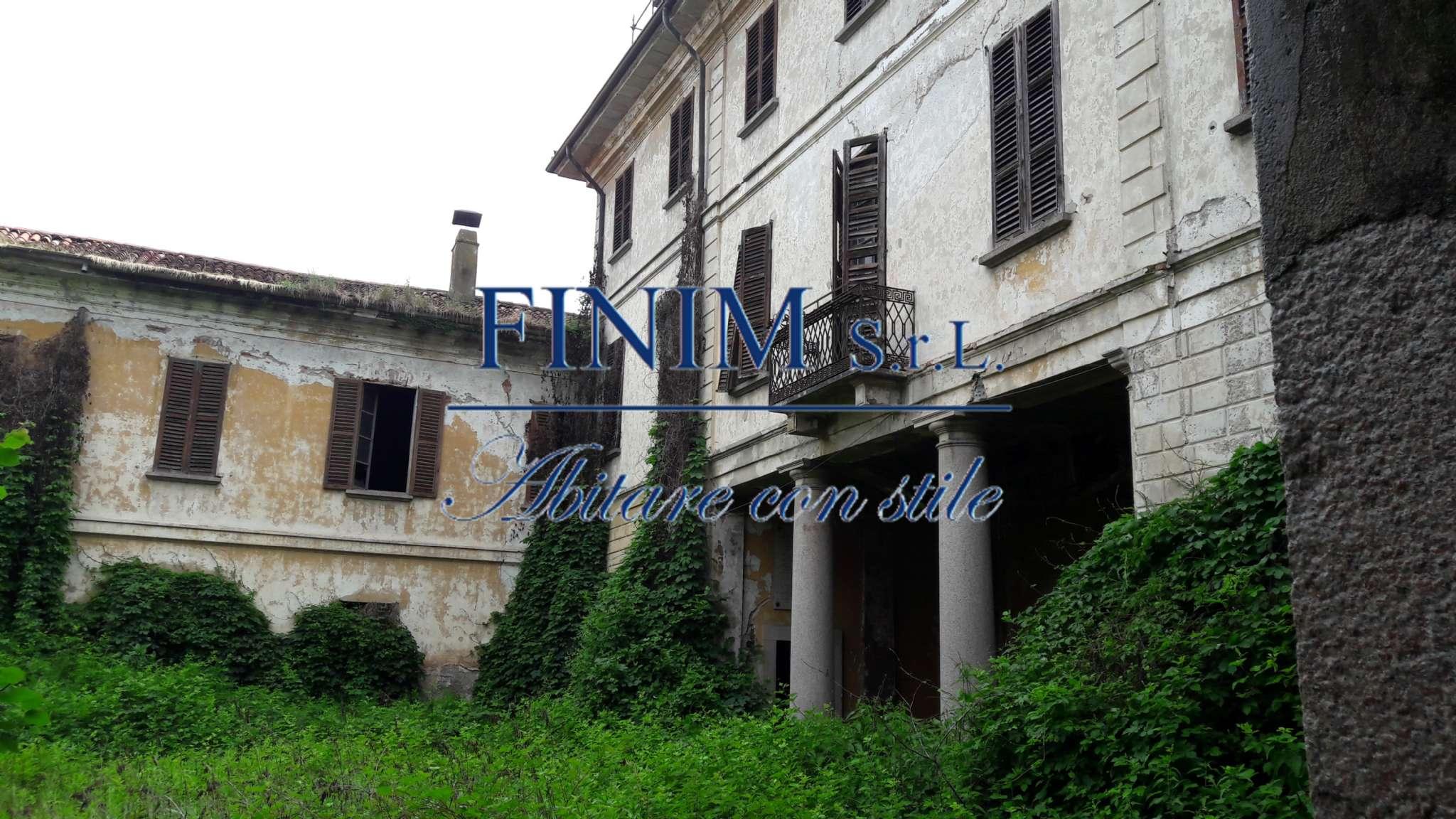 Foto 4 di Palazzo Storico via San Pietro, Buscate