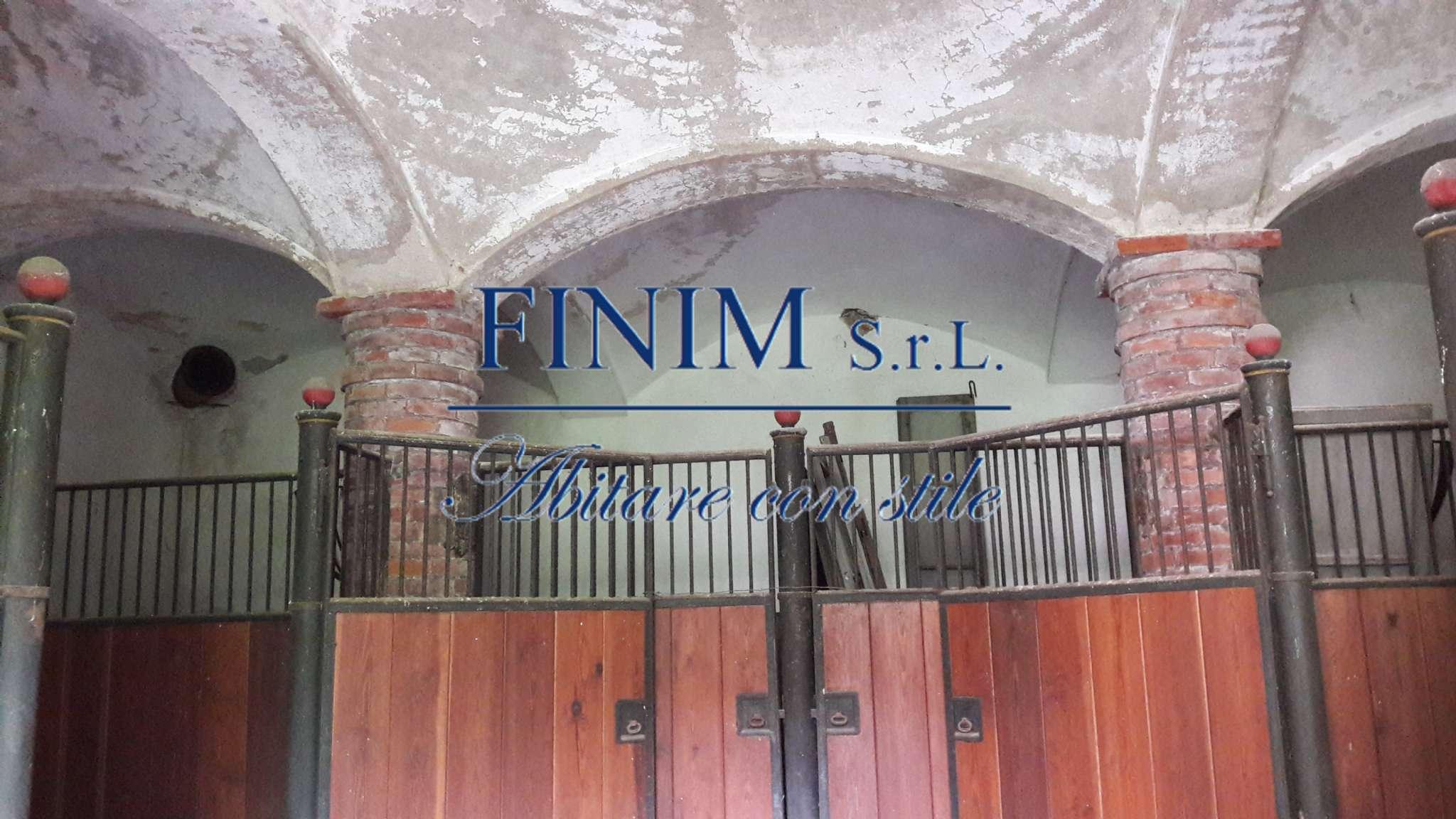 Foto 6 di Palazzo Storico via San Pietro, Buscate