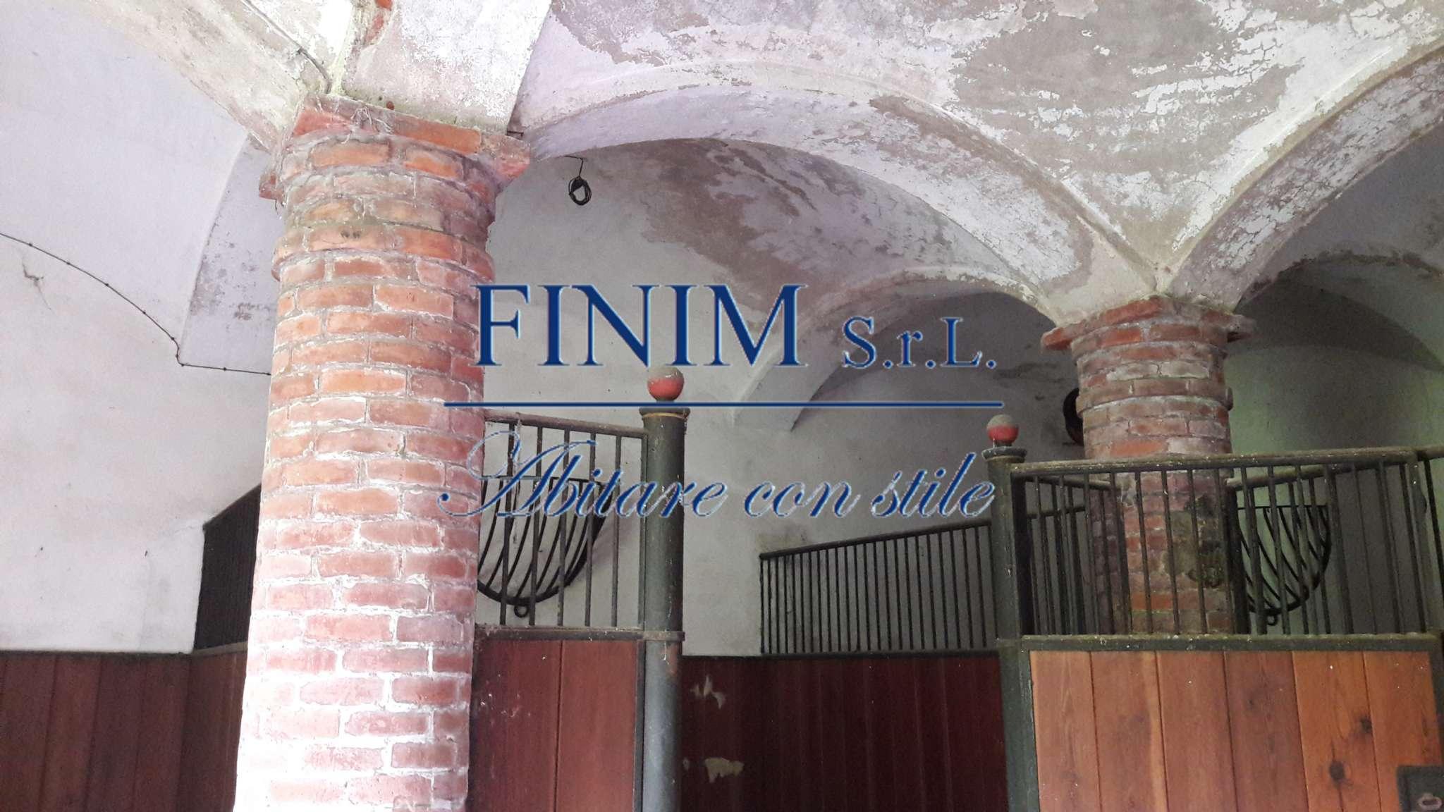 Foto 7 di Palazzo Storico via San Pietro, Buscate