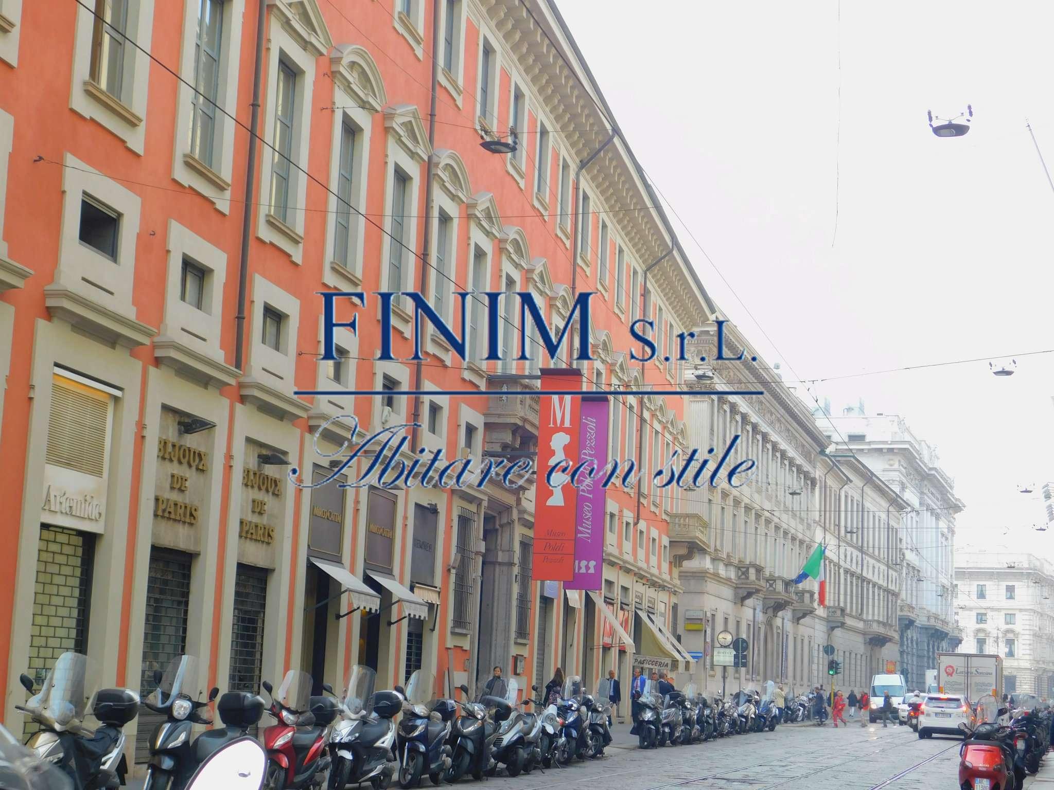Appartamento in Vendita a Milano 01 Centro storico (Cerchia dei Navigli): 300 mq