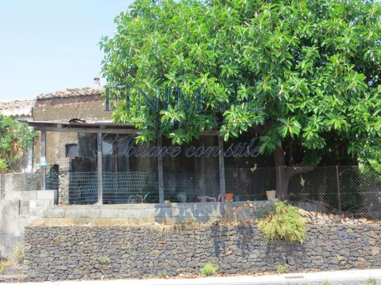 Rustico in Vendita a San Giovanni La Punta:  5 locali, 400 mq  - Foto 1