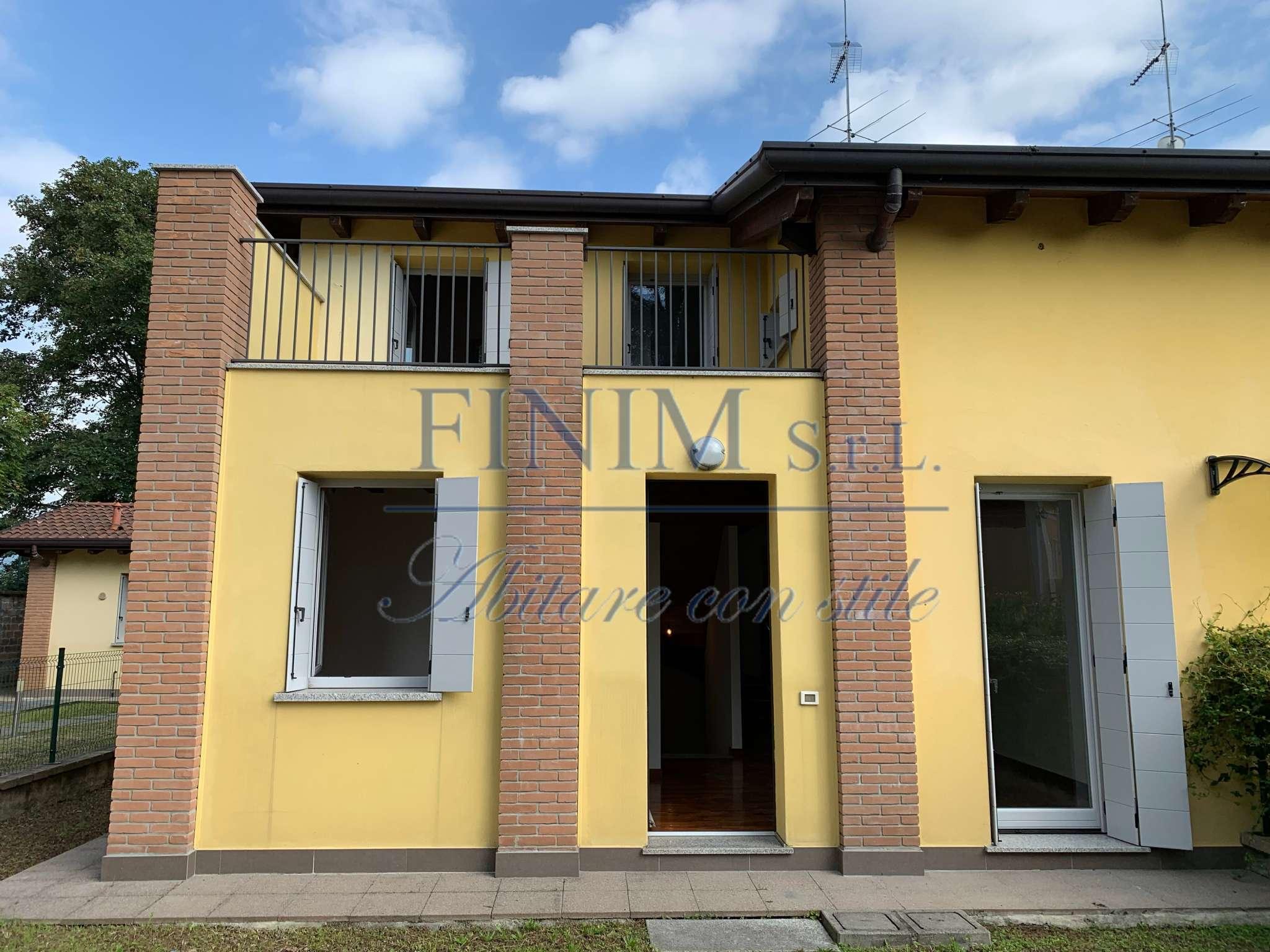 Villa in Vendita a Albavilla Centro: 5 locali, 204 mq