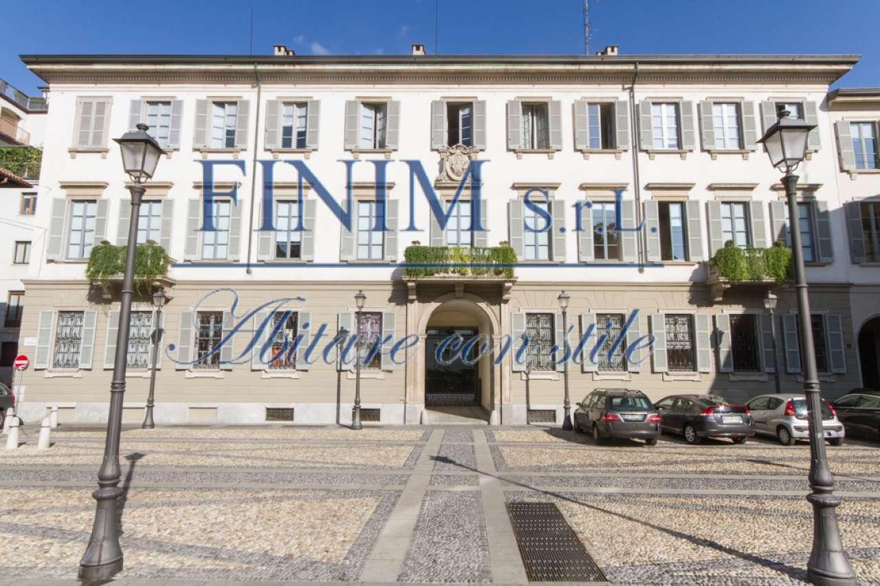 Appartamento in Affitto a Milano 01 Centro storico (Cerchia dei Navigli): 4 locali, 155 mq