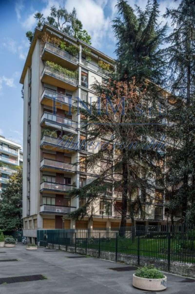 Ufficio-studio in Vendita a Milano 08 Vercelli / Magenta / Cadorna / Washington: 1 locali, 145 mq