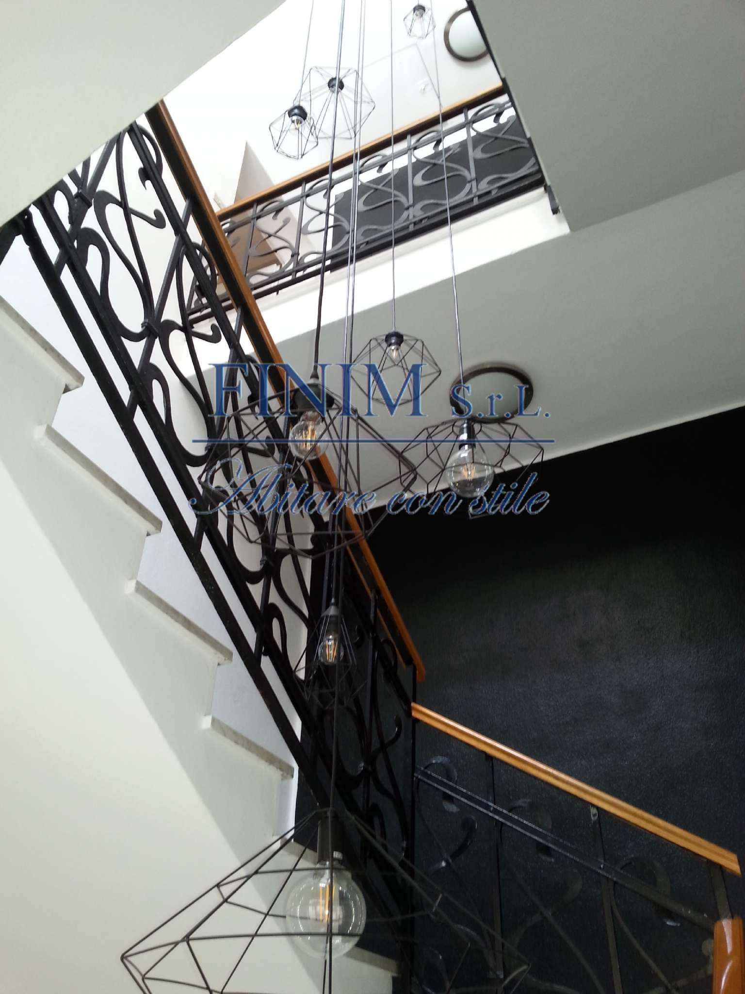 Ufficio-studio in Affitto a Milano 16 Savona / San Cristoforo / Napoli / Coni Zugna: 5 locali, 190 mq