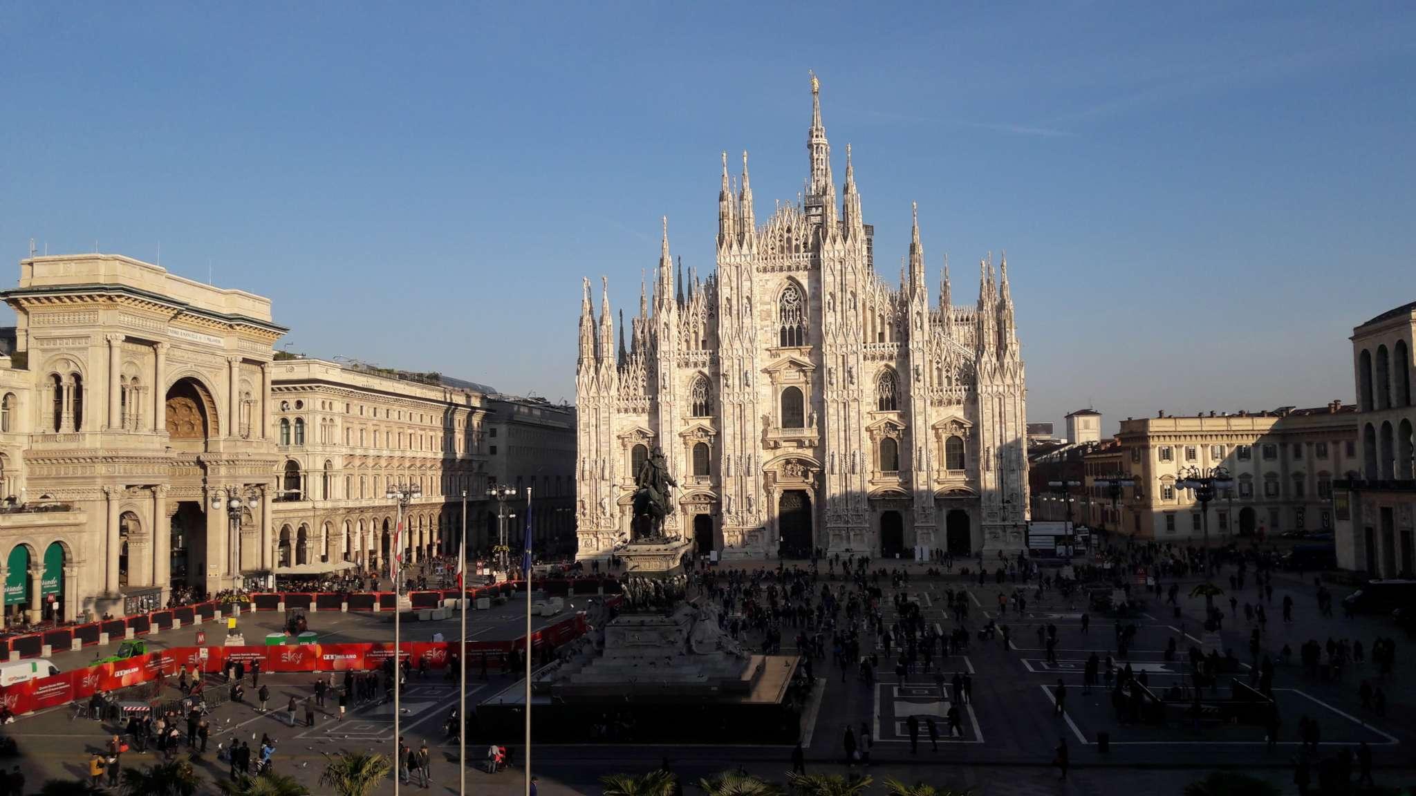 Negozio-locale in Affitto a Milano 01 Centro storico (Cerchia dei Navigli): 5 mq