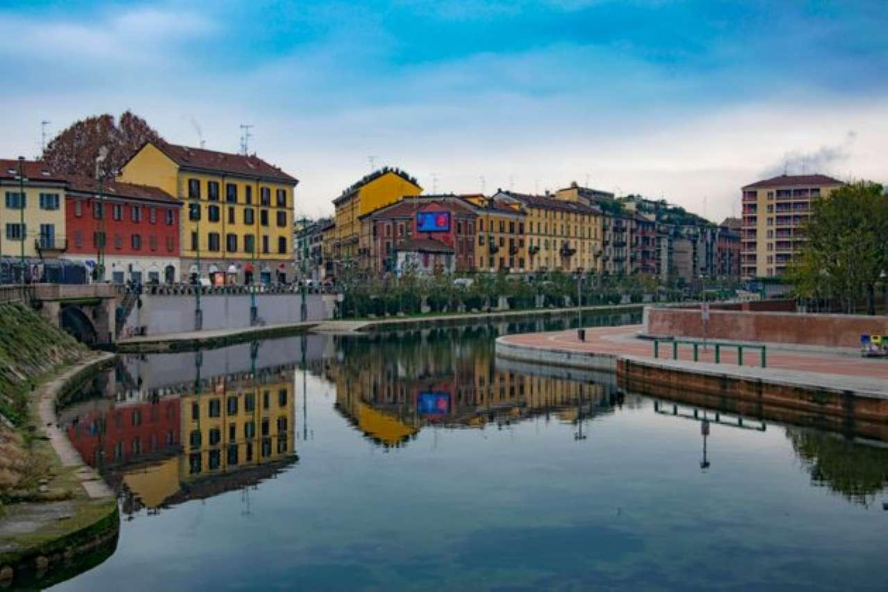 Negozio-locale in Vendita a Milano 16 Savona / San Cristoforo / Napoli / Coni Zugna: 1500 mq