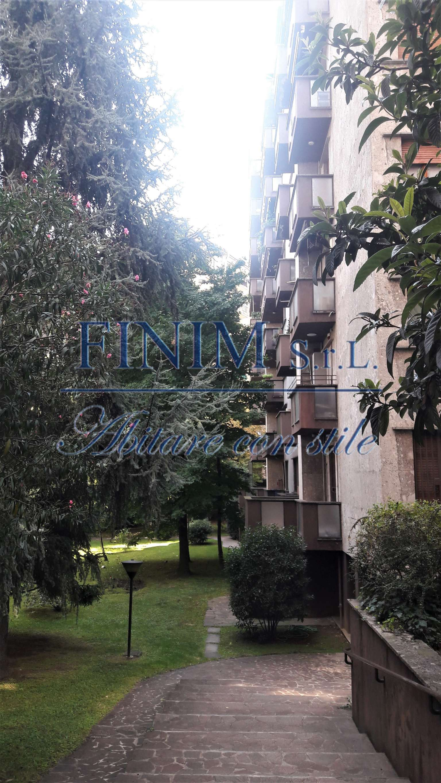 Appartamento in Vendita a Milano 17 Marghera / Wagner / Fiera:  3 locali, 135 mq  - Foto 1