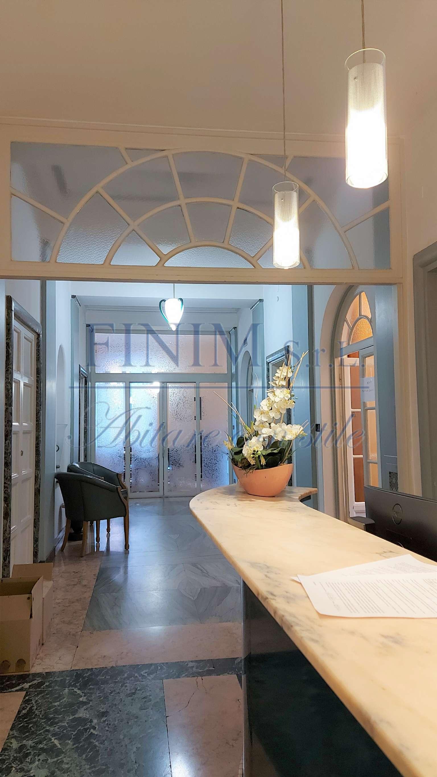 Ufficio-studio in Vendita a Milano 08 Vercelli / Magenta / Cadorna / Washington: 5 locali, 420 mq