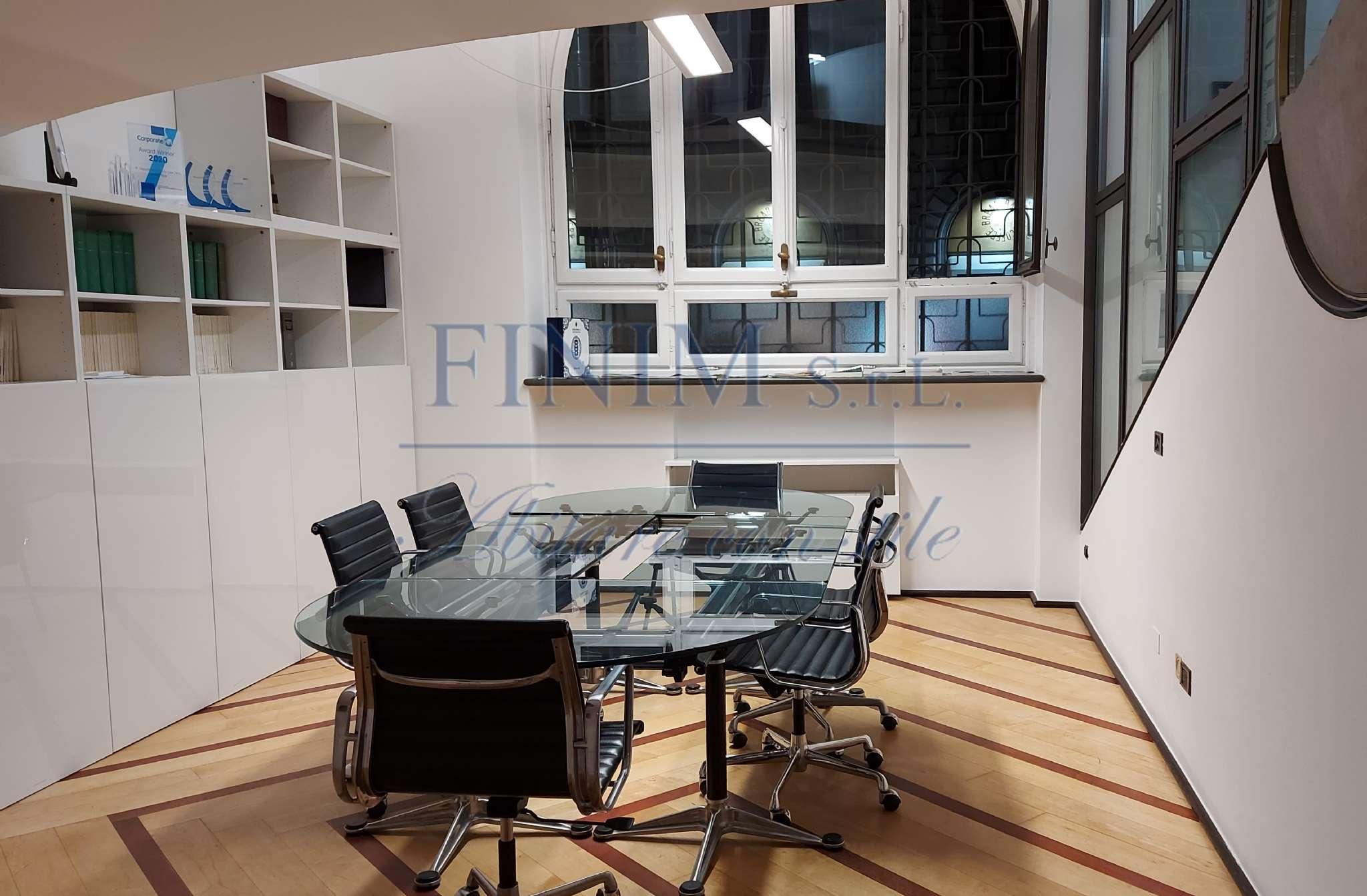 Ufficio-studio in Vendita a Milano 08 Vercelli / Magenta / Cadorna / Washington: 5 locali, 280 mq
