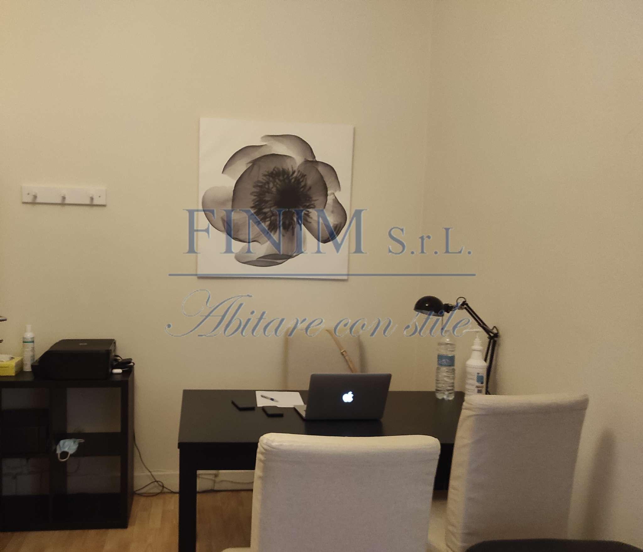 Ufficio-studio in Vendita a Milano 16 Savona / San Cristoforo / Napoli / Coni Zugna: 3 locali, 83 mq
