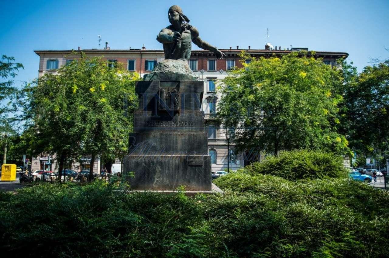 Appartamento in Vendita a Milano 08 Vercelli / Magenta / Cadorna / Washington: 3 locali, 160 mq