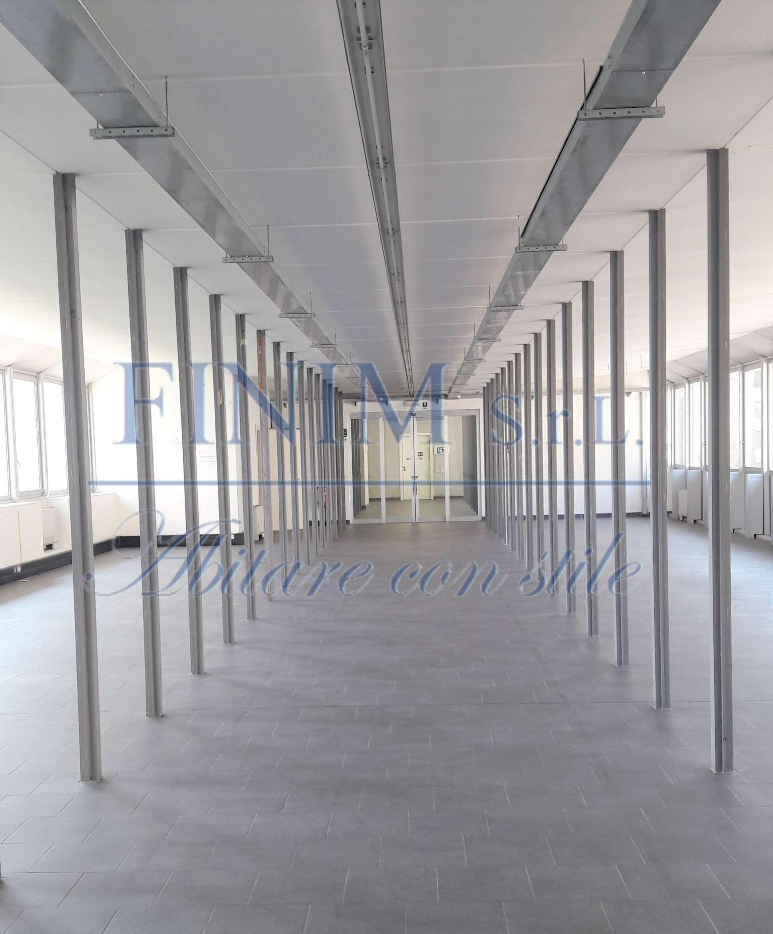 Ufficio-studio in Affitto a Milano 07 Darsena /  Ticinese: 1 locali, 486 mq