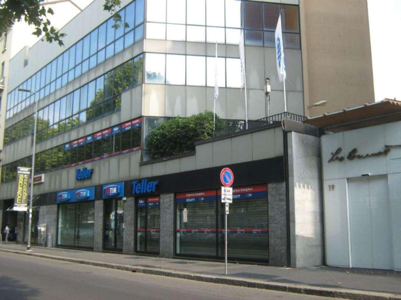 Capannone in affitto a Milano, 6 locali, zona Zona: 18 . St. Garibaldi, Isola, Maciachini, Stelvio, Monumentale, prezzo € 4.750 | CambioCasa.it